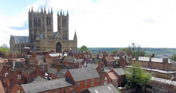 Lincoln Cathedral from Castle Wall cropped