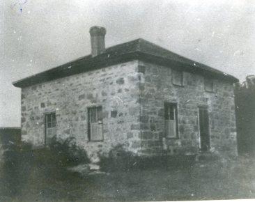 stone-house-corner-view