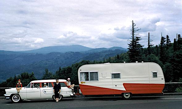 Screen Shot 1957 trailer