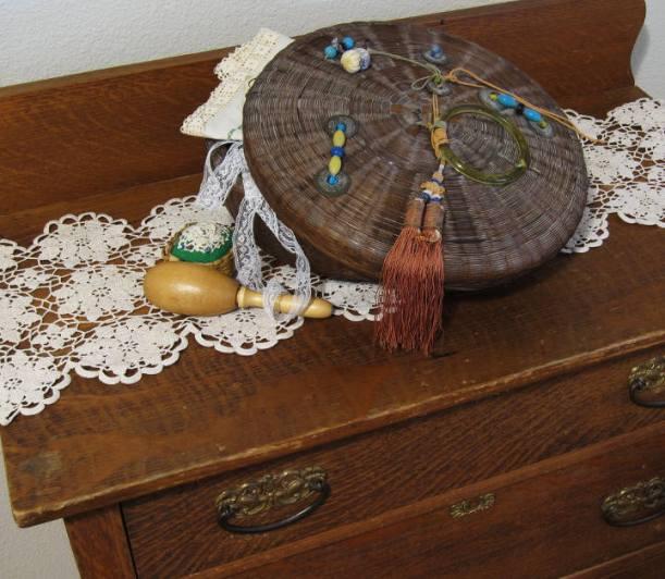 sewing basket2